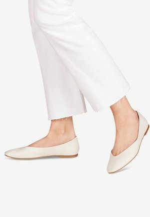 TAMARIS BALLERINA - Ballet pumps - white
