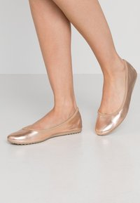 Tamaris - Ballet pumps - rose metallic - 0