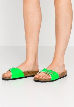 SLIDES - Slippers - neon green
