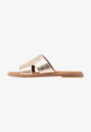 SLIDES - Pantolette flach - gold