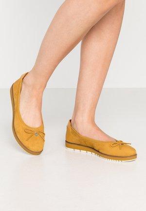 Ballet pumps - mustard