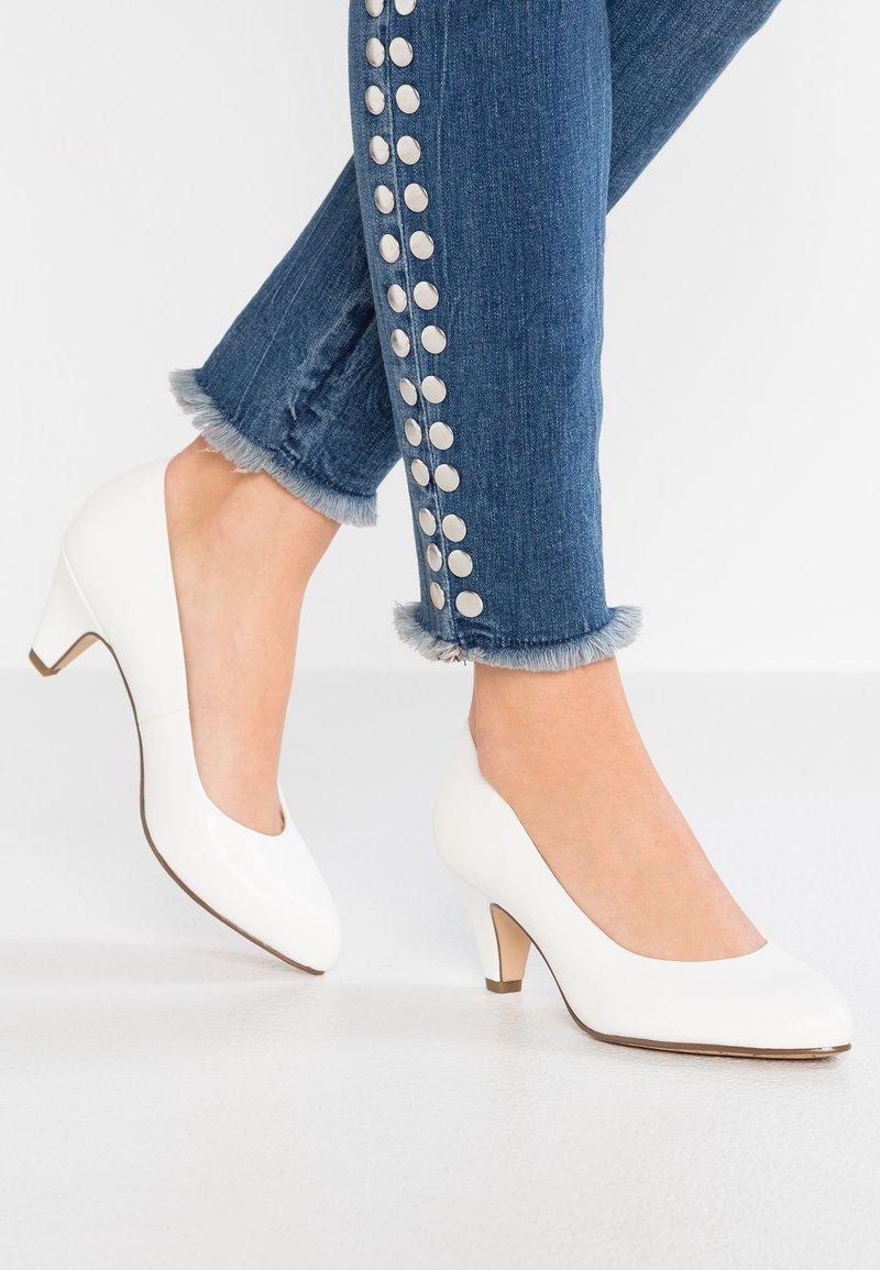 Tamaris - Zapatos de novia - white