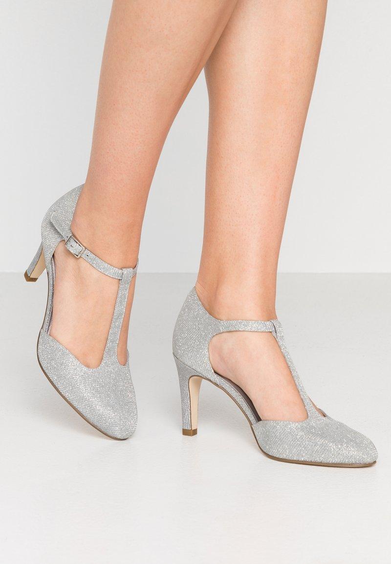 Tamaris - Højhælede pumps - silver glam