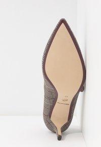 Tamaris - Classic heels - grey - 6