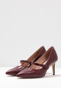 Tamaris - Classic heels - merlot - 4