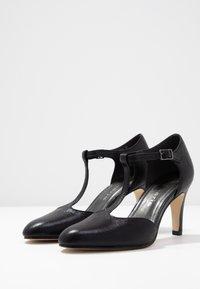 Tamaris - Klassiske pumps - black metallic - 4