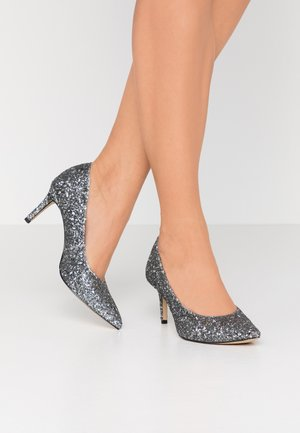 Classic heels - pewter glamour