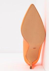 Tamaris - Tacones - orange neon - 6