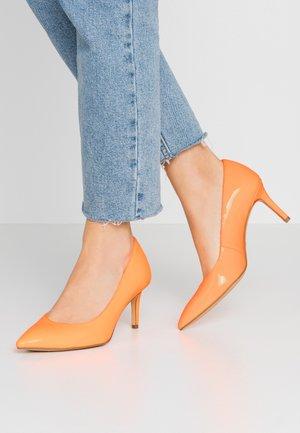 Tacones - orange neon