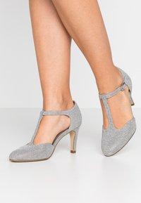 Tamaris - Classic heels - silver glam - 0