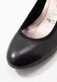 Tamaris - COURT SHOE - Sleehakken - black - 2