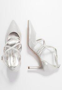Tamaris - Classic heels - silver - 3
