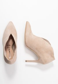 Tamaris - Kotníková obuv na vysokém podpatku - ivory - 3