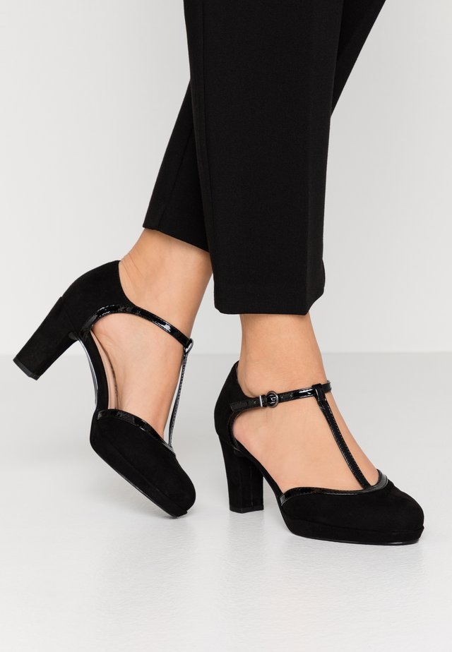 WOMS SLIP-ON - Plateaupumps - black