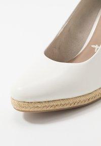 Tamaris - COURT SHOE - High heels - white - 2
