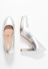 Tamaris - Zapatos altos - silver - 3