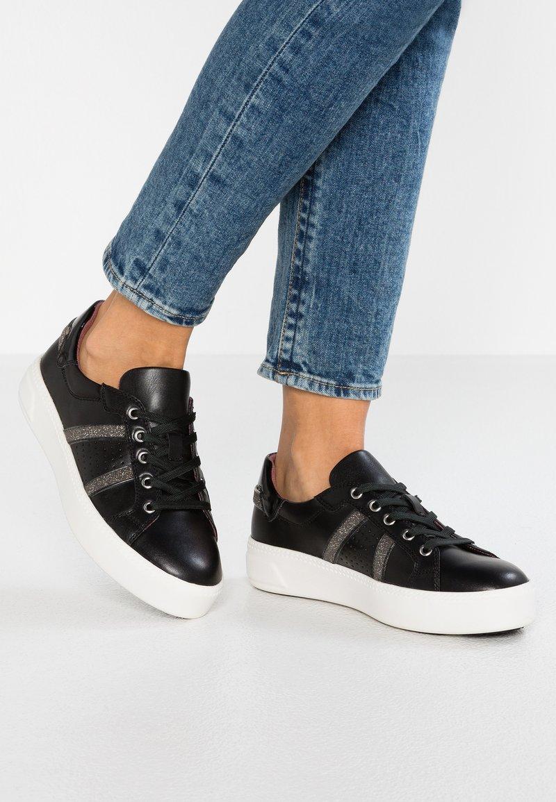 Tamaris - Sneakers laag - black