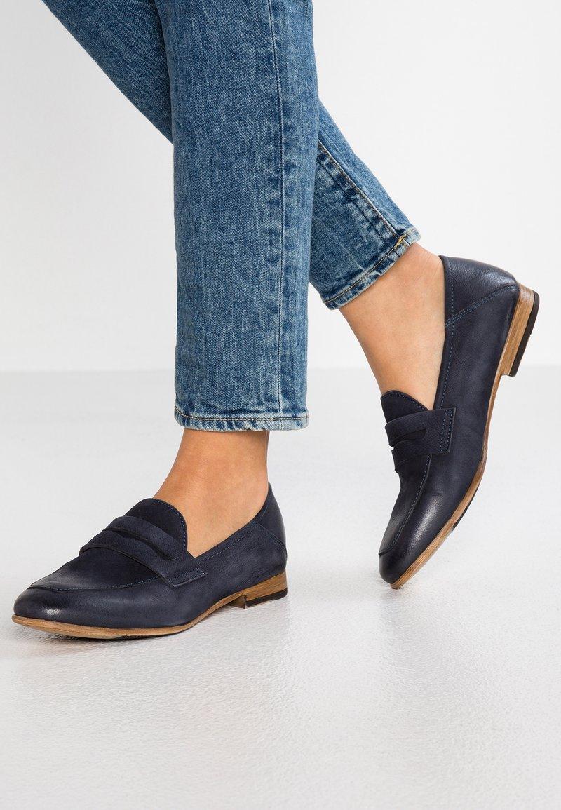 Tamaris - Nazouvací boty - navy