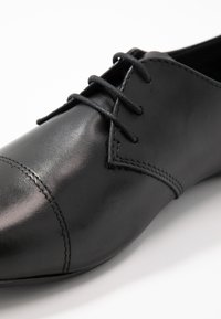 Tamaris - Lace-ups - black - 2