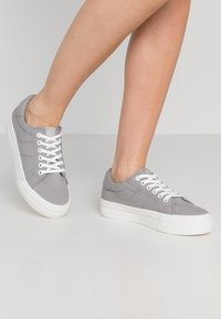 Tamaris - LACE-UP - Trainers - grey - 0