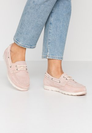 WOMS LACE-UP - Chaussures bateau - rose