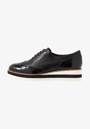 LACE-UP - Zapatos de vestir - black