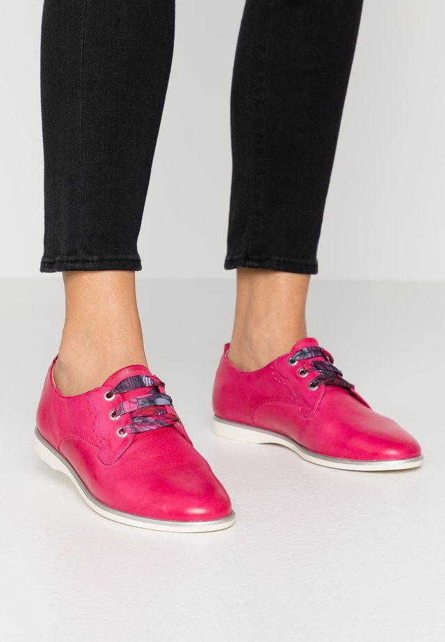WOMS LACE-UP - Sporty snøresko - fuxia