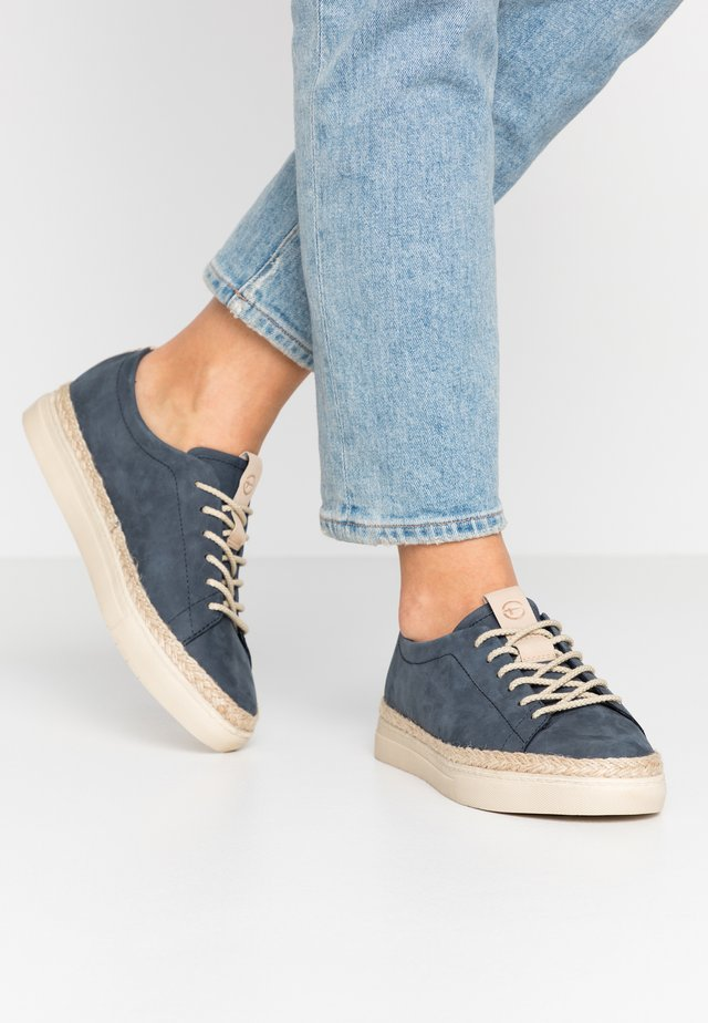WOMS LACE-UP - Loafers - navy
