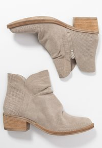 Tamaris - Ankle boot - taupe - 2