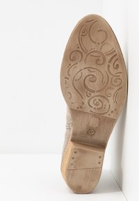 Tamaris - Ankle boot - taupe - 4