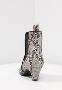 Tamaris - Kotníkové boty - grey - 5