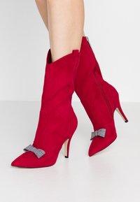 Tamaris - High heeled boots - lipstick - 0