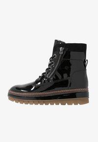 Tamaris - Kotníkové boty na platformě - black - 1
