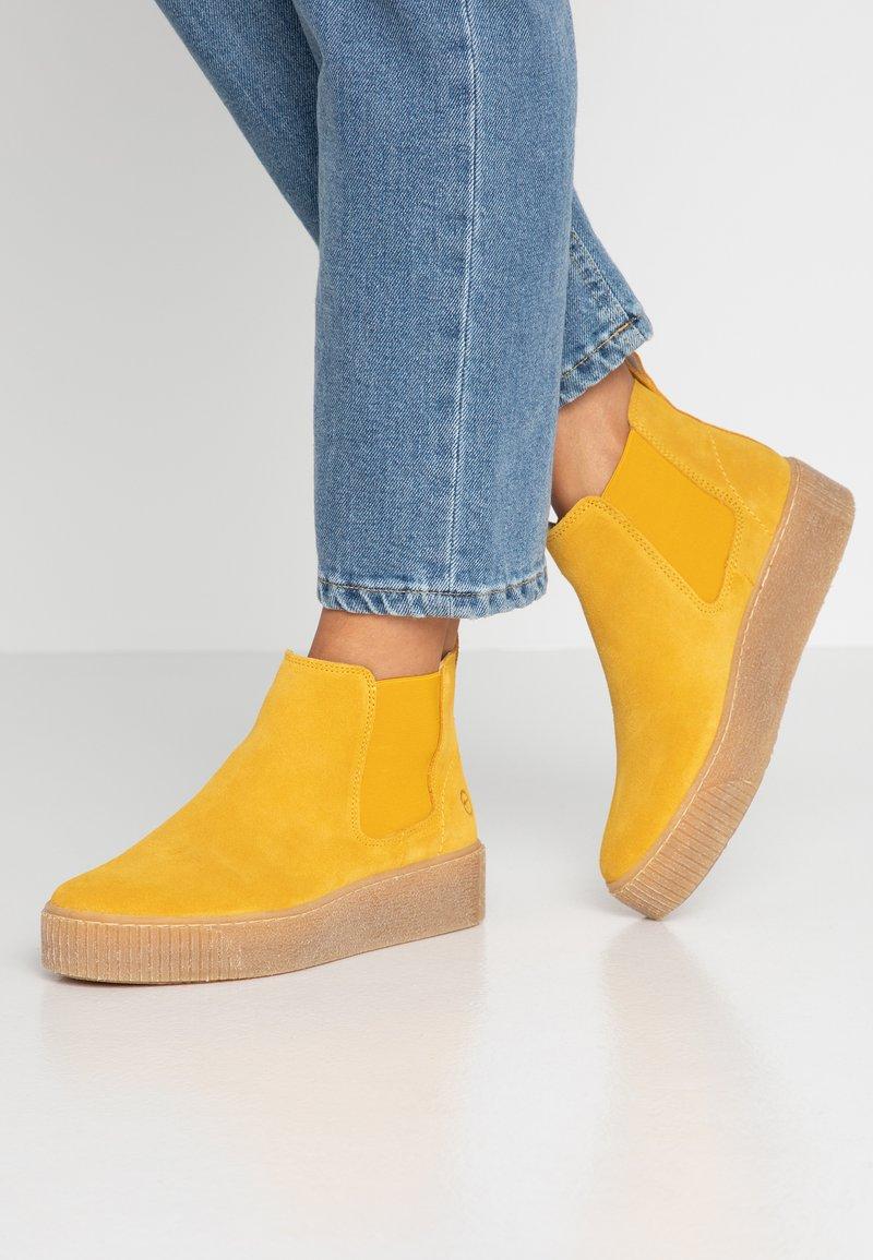 Tamaris - Ankle boots - saffron