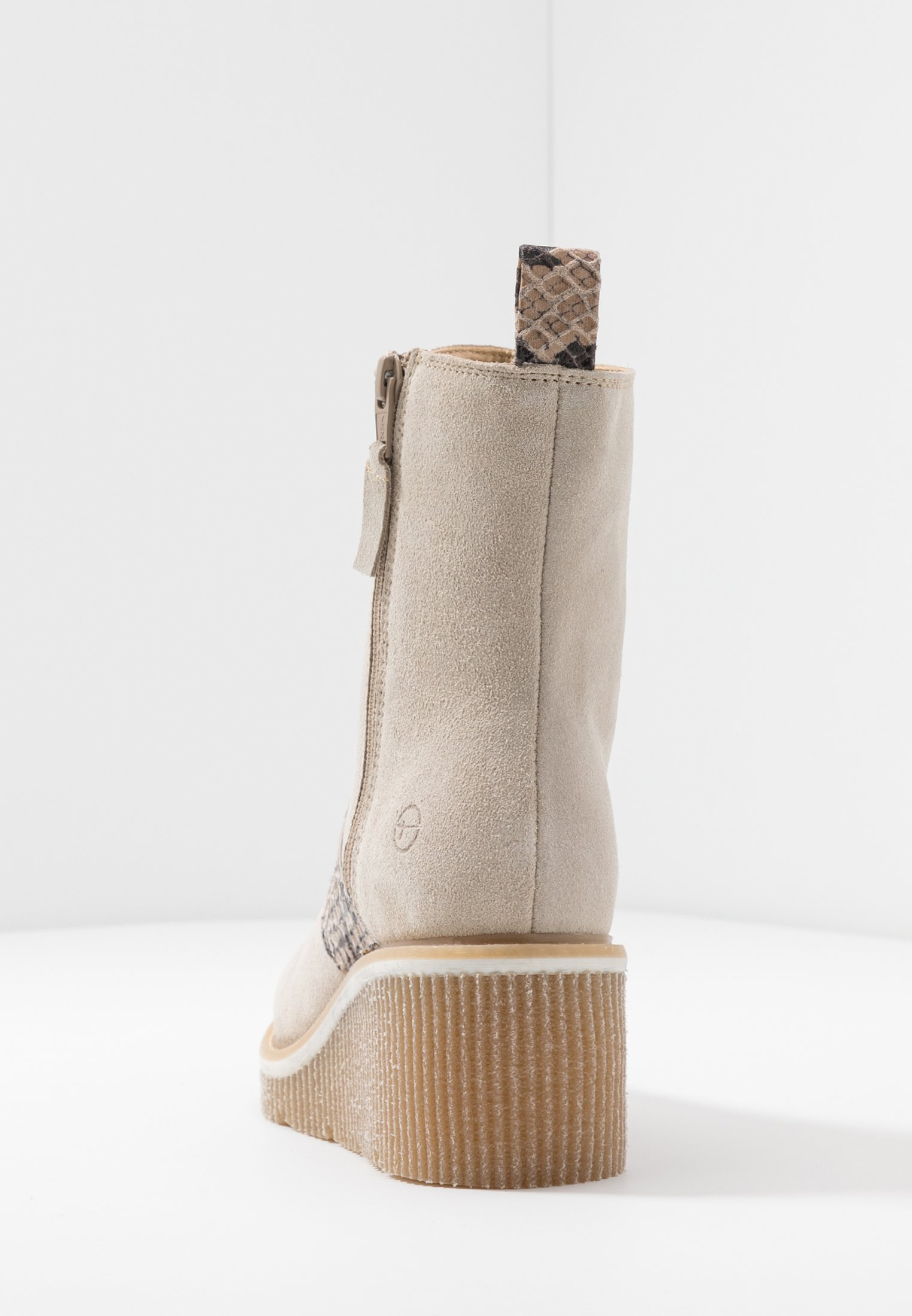 Tamaris Wedge Ankle Boots - beige