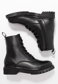 Tamaris - Bottines à plateau - black - 3
