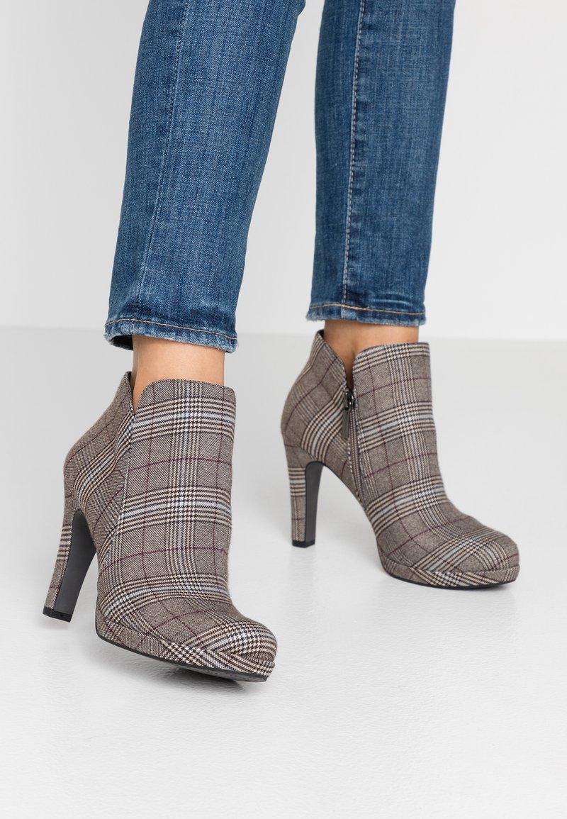 Tamaris - High Heel Stiefelette - grey