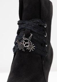 Tamaris - DA.-STIEFEL - Kotníková obuv na vysokém podpatku - black - 2