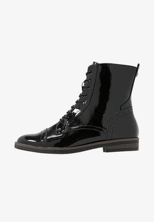 WOMS BOOTS - Šněrovací kotníkové boty - black