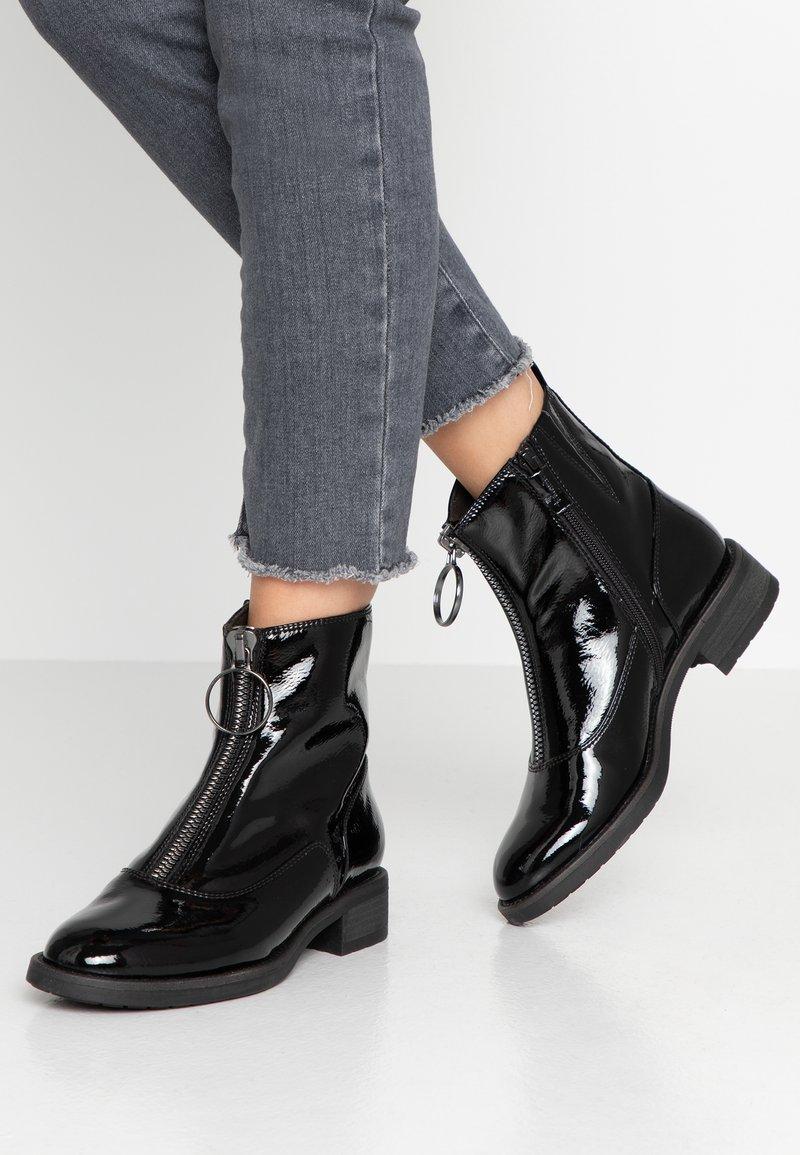 Tamaris - Støvletter - black