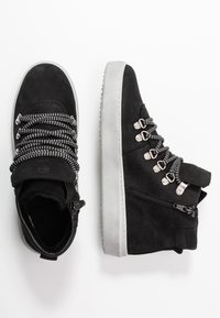 Tamaris - Kotníková obuv - black - 3