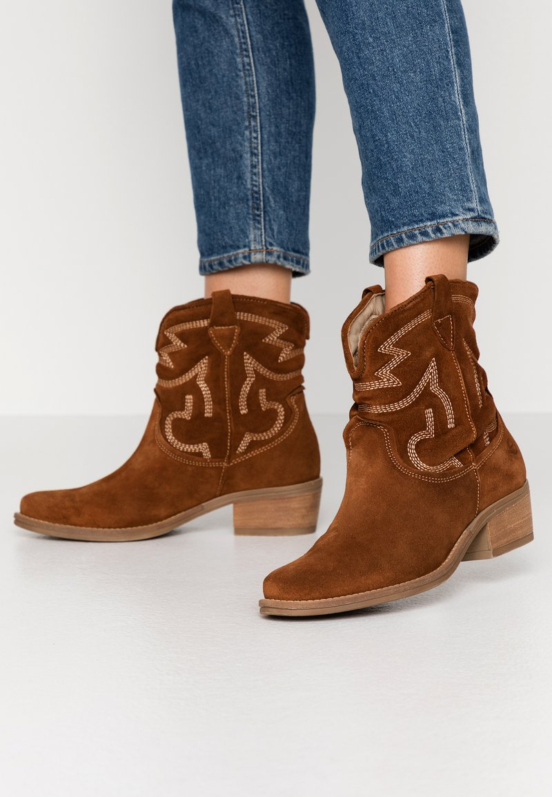 Tamaris - BOOTS - Cowboy/biker ankle boot - cognac