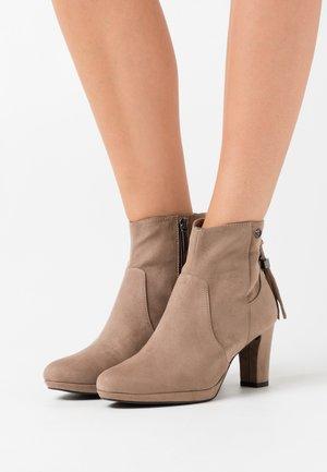 Boots à talons - pepper