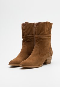 Tamaris - BOOTS - Cowboy/biker ankle boot - tobacco - 2