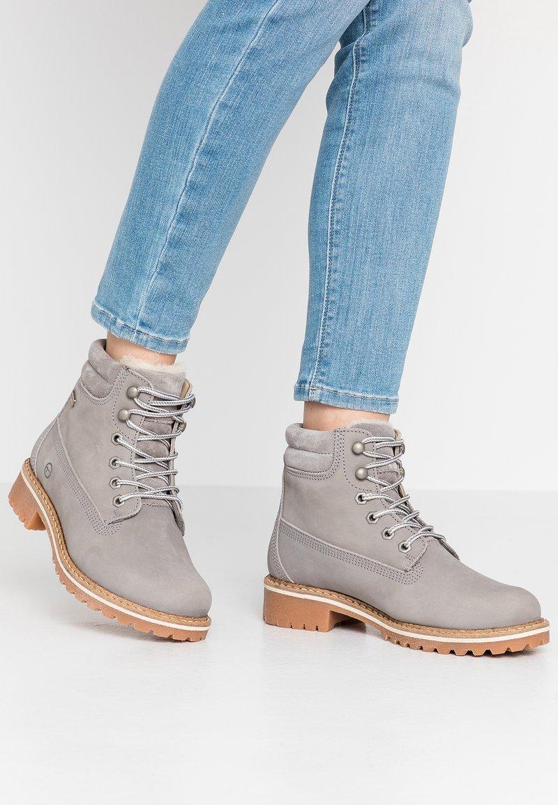 Tamaris - Šněrovací kotníkové boty - light grey
