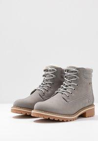 Tamaris - Šněrovací kotníkové boty - light grey - 4