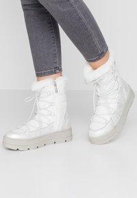 Tamaris - Snowboots  - white - 0