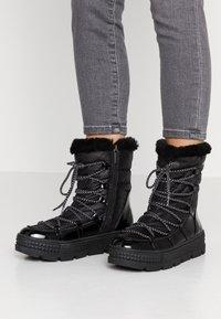 Tamaris - Zimní obuv - black - 0