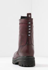 Tamaris - Platform ankle boots - bordeaux - 5