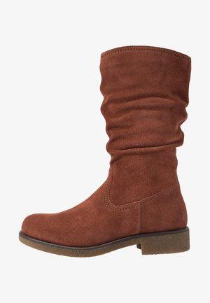 Høje støvler/ Støvler - rust